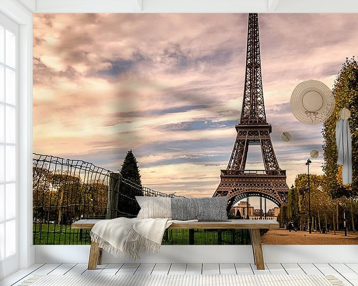 Sfeerimpressie behang: Paris in a puddle van Michiel Buijse
