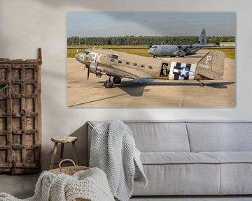 Ancien et nouveau : C-47 Douglas Skytrain/Dakota & C-130J Hercules sur Roel Ovinge