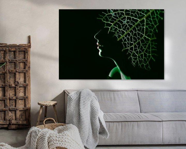 Sfeerimpressie: Vrouw in het groen van Anouschka Hendriks