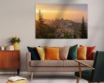 Bergamo bei Sonnenaufgang von Robin Oelschlegel
