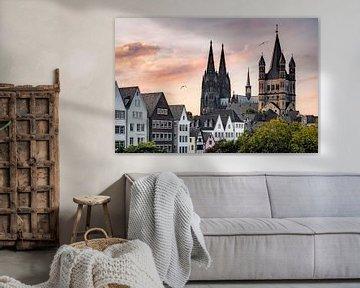 Stadtlandschaft Köln mit Dom und dem Großen St. Martinus von Leon Brouwer