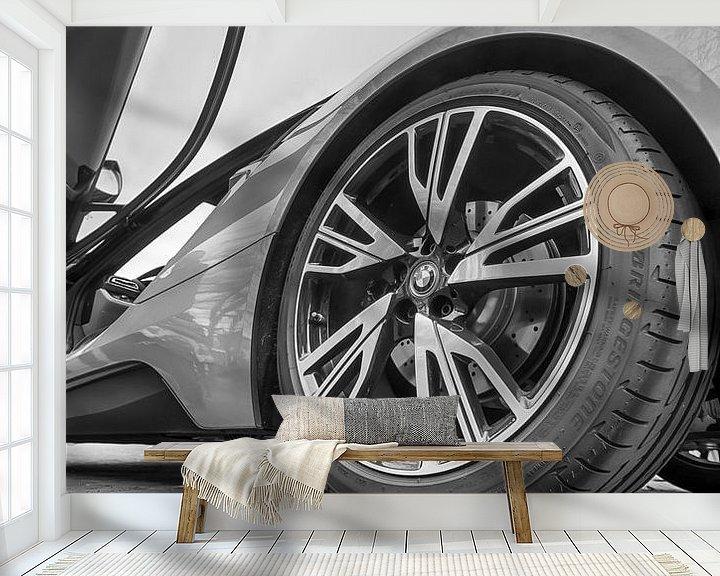 Sfeerimpressie behang: Achterwiel van de BMW i8 van Mark Bolijn