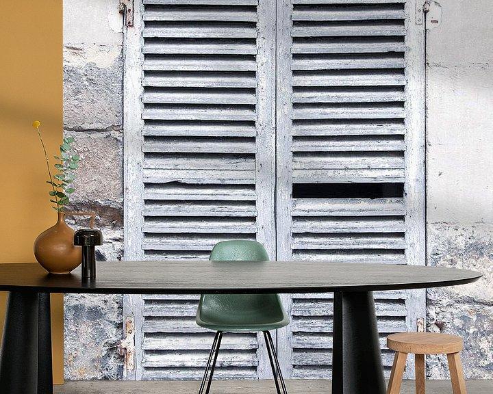 Sfeerimpressie behang: Franse luiken (gezien bij vtwonen) van Carla Schenk