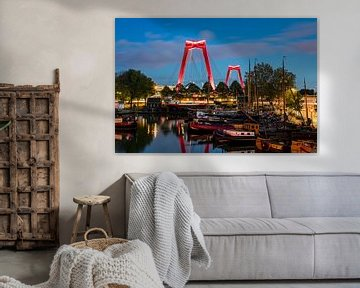 Willemsbrug gezien vanaf de Oude Haven te Rotterdam