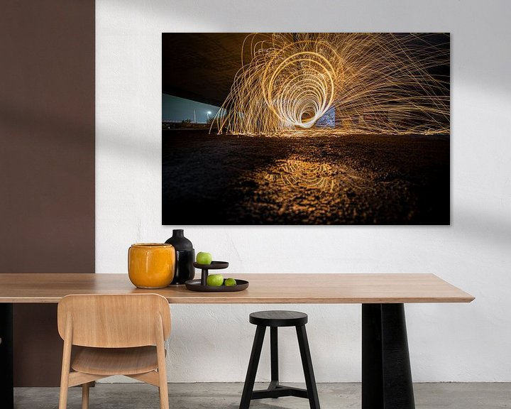 Sfeerimpressie: Lightpainting met brandend staalwol in tunnelvorm van Fotografiecor .nl