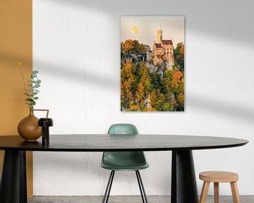 Kasteel Lichtenstein in de herfst van Michael Valjak