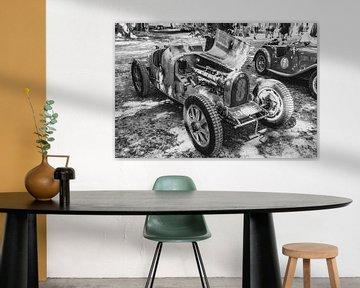 Bugatti Type 35, voiture de course ancienne en noir et blanc sur Sjoerd van der Wal