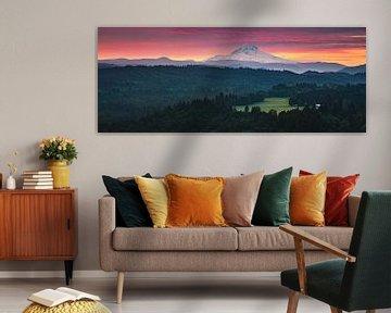 Jonsrud Aussichtspunkt in Richtung Mount Hood, Oregon.