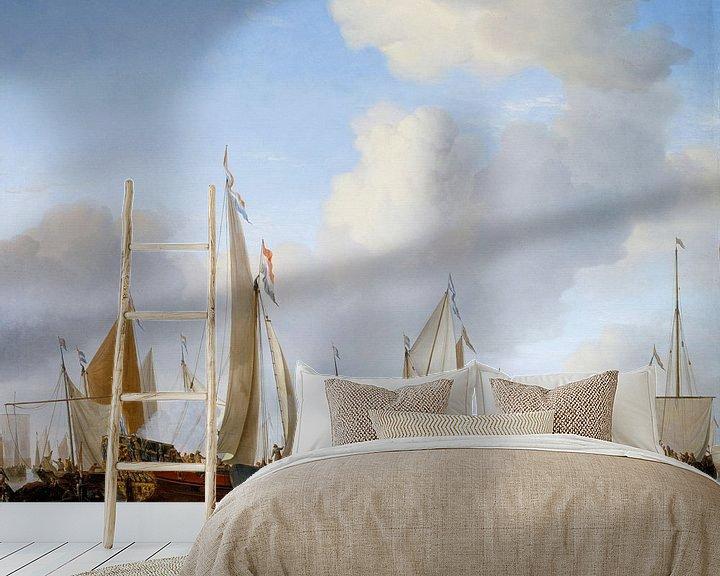 Impression: Calme : Un yacht d'état sous voiles près du rivage avec beaucoup d'autres bateaux, Willem van de Vel