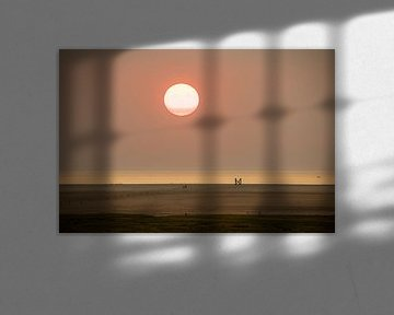 Sonnenuntergang am Strand von Westerheversand von Alexander Wolff