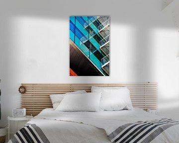 Abstrakte Reflexion in glas von Corrie Heesbeen