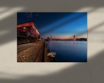 Willemsbrug in Rotterdam bei Sonnenaufgang von Pieter van Dieren (pidi.photo)
