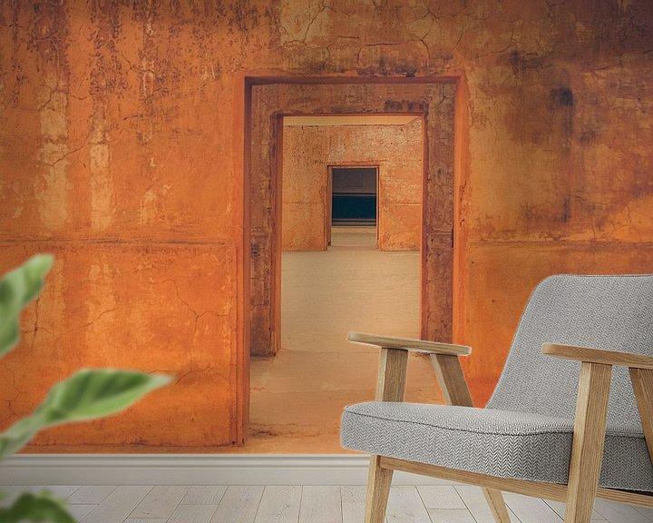 Sfeerimpressie behang: Poort na poort,  doorkijkje van voren naar achteren (gezien bij vtwonen) van Jille Zuidema