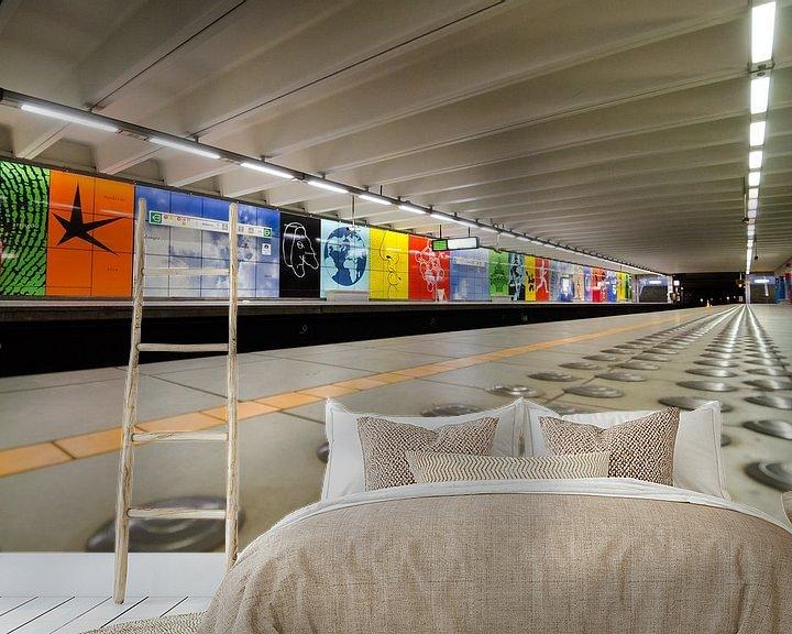 Sfeerimpressie behang: Metrostation Brussel van Mark Bolijn