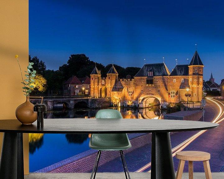 Sfeerimpressie behang: Amersfoort by night van Arthur Scheltes