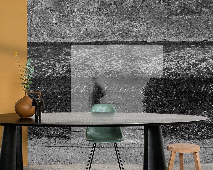 Sfeerimpressie behang: Streetlife 1 van Cor Ritmeester