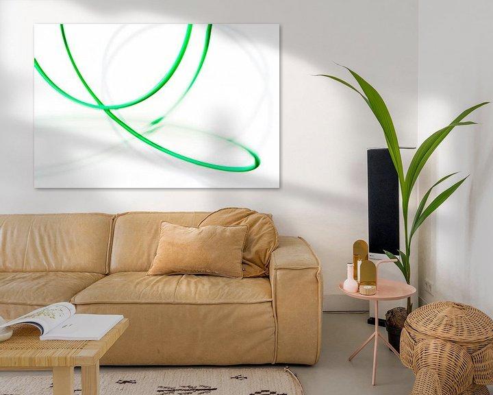 Sfeerimpressie: Moving green 2 van Cor Ritmeester