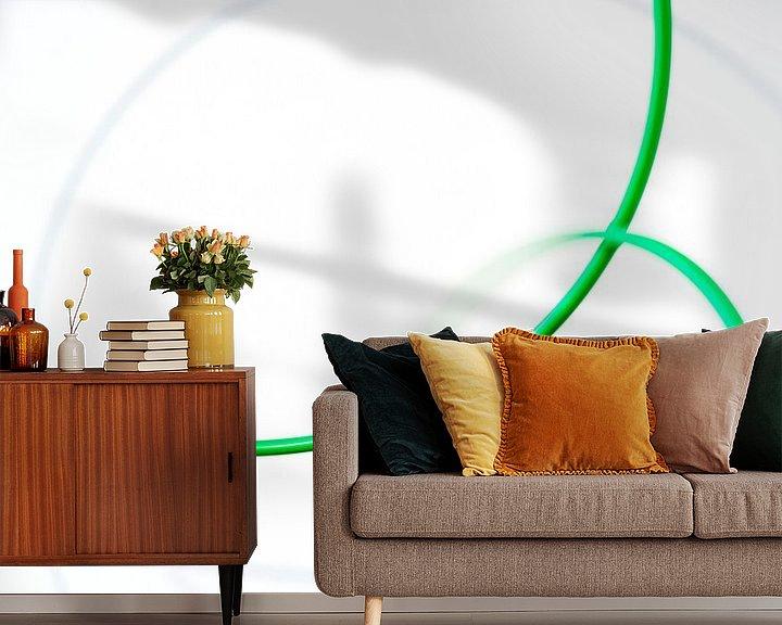 Sfeerimpressie behang: Moving green 4 van Cor Ritmeester