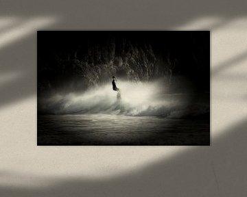 Surfer - surfen op de golven van Beliche van Jacqueline Lemmens