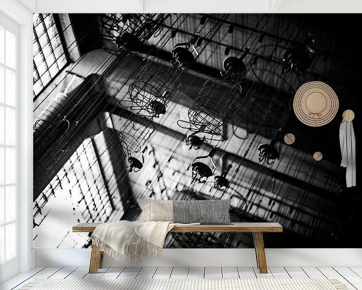 Sfeerimpressie behang: De witte kamer bij tegenlicht van Cristel Brouwer