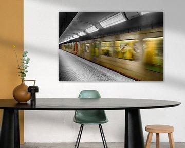 Metro in Farbe von Mark Bolijn