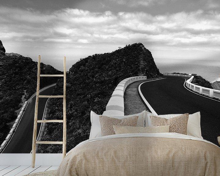 Sfeerimpressie behang: Curvy Tenerife van Steven Driesen