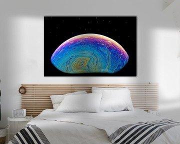 Abstracte zeepbel welke een denkbeeldige wereldbol vormt als achtergrondfoto van Tonko Oosterink