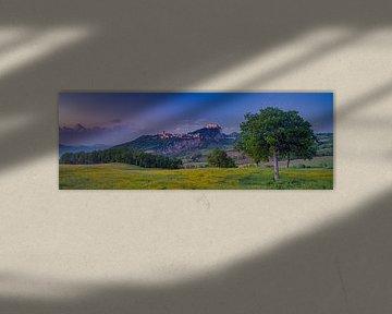 Zonsondergang in Emilia-Romagna - San Leo van Teun Ruijters