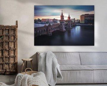 Berlin Oberbaumbrücke als Langzeitbelichtung von Jean Claude Castor