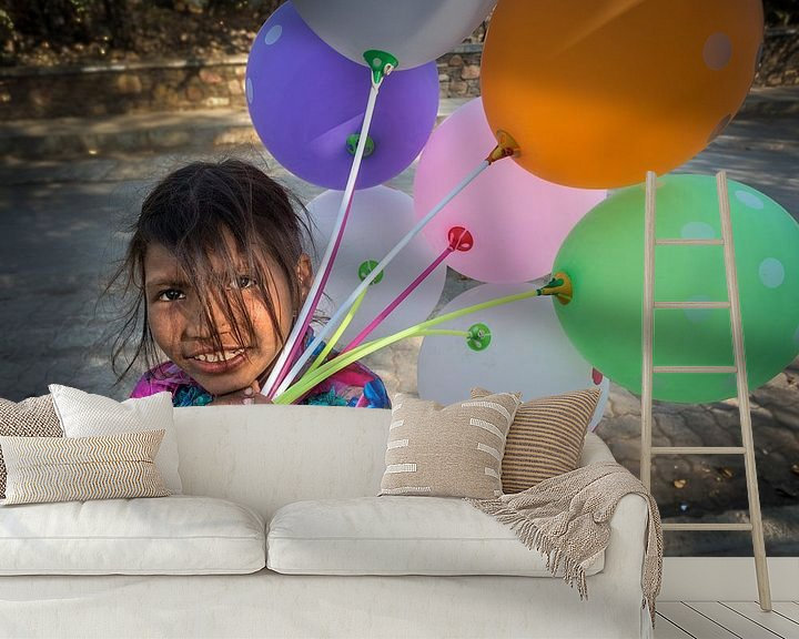 Sfeerimpressie behang: Hartbrekende ballonnen verkoopster van Ton Buijs