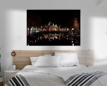 Waag Amsterdam bij nacht van Foto Amsterdam/ Peter Bartelings