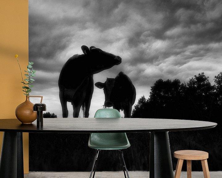 Sfeerimpressie behang: compositie met koeien van jan van de ven