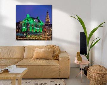 Die Heuschrecke und die alte Kirche, Amsterdam. von Henk Meijer Photography