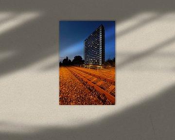 IBB hoogbouwflat aan de Ina Boudier-Bakkerlaan in Utrecht von Donker Utrecht