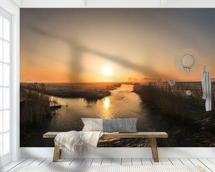 Sfeerimpressie behang: Zonsopkomst boven Friesland van Maria-Maaike Dijkstra