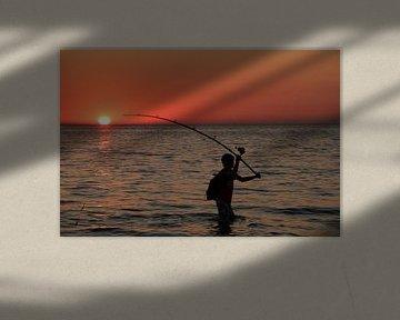 Lone fisherman van Abra van Vossen