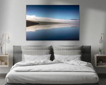Mist over Loch Ness van Jürgen Wiesler