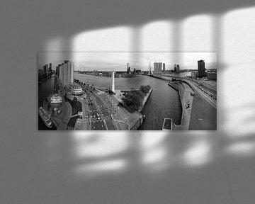 Manhattan aan de Maas Rotterdam Zwart/wit van Rob van der Teen