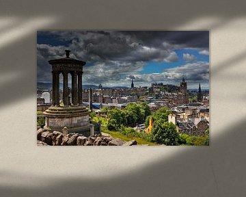 Blick vom Calton Hill auf die historische Altstadt von Edinburgh von Jürgen Wiesler
