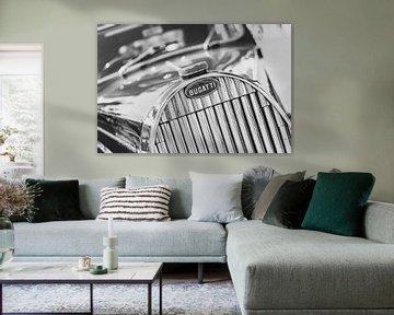 Bugatti type 57 Berline grille met het Bugatti logo. van Sjoerd van der Wal