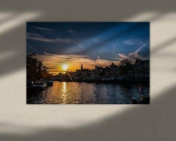 Haarlem Spaarne Zonsondergang mei 2020 van Bob Van der Wolf