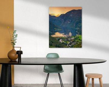 Le paquebot de croisière Aida Sol dans le Geirangerfjord, Norvège sur Henk Meijer Photography