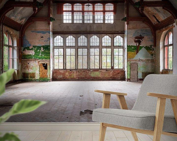 Sfeerimpressie behang: Verlaten Hal in Beelitz. van Roman Robroek
