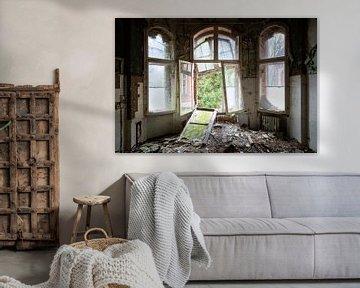 Starker Verfall in Beelitz. von Roman Robroek