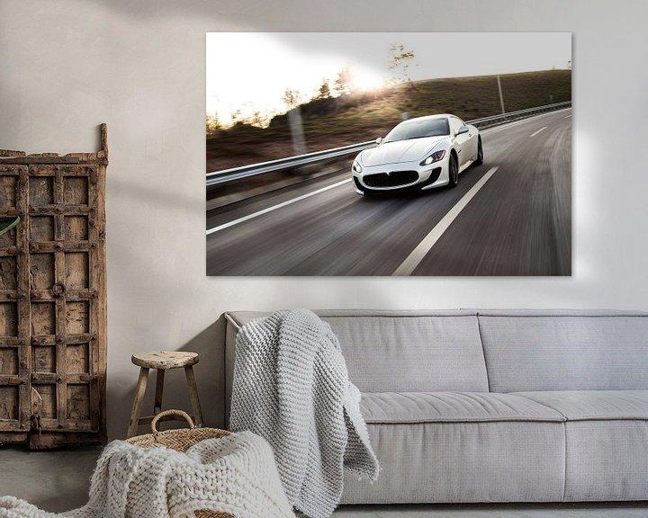 Beispiel: Maseratie sportscar Sportcoupé in Weiß auf der Autobahn von Atelier Liesjes