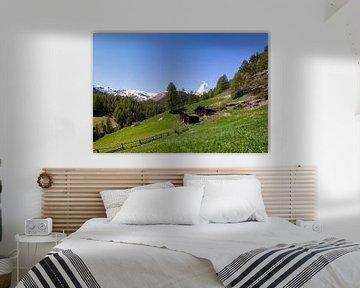 De berg Matterhorn gezien vanuit Zermatt, Zwitserland van Justin Suijk