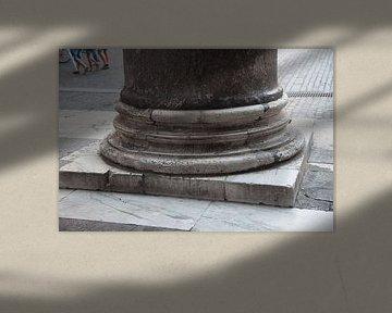 Detail des Kolosseums in Rom von Joost Adriaanse
