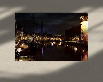 Thorbeckegracht in hartje Zwolle van Gerard de Zwaan