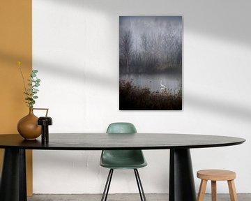 Zilverreiger in de mist van Esther Hereijgers