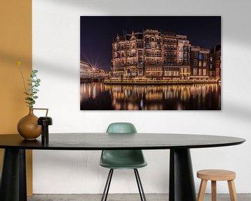De L'Europe Amsterdam by night van Alfred Benjamins